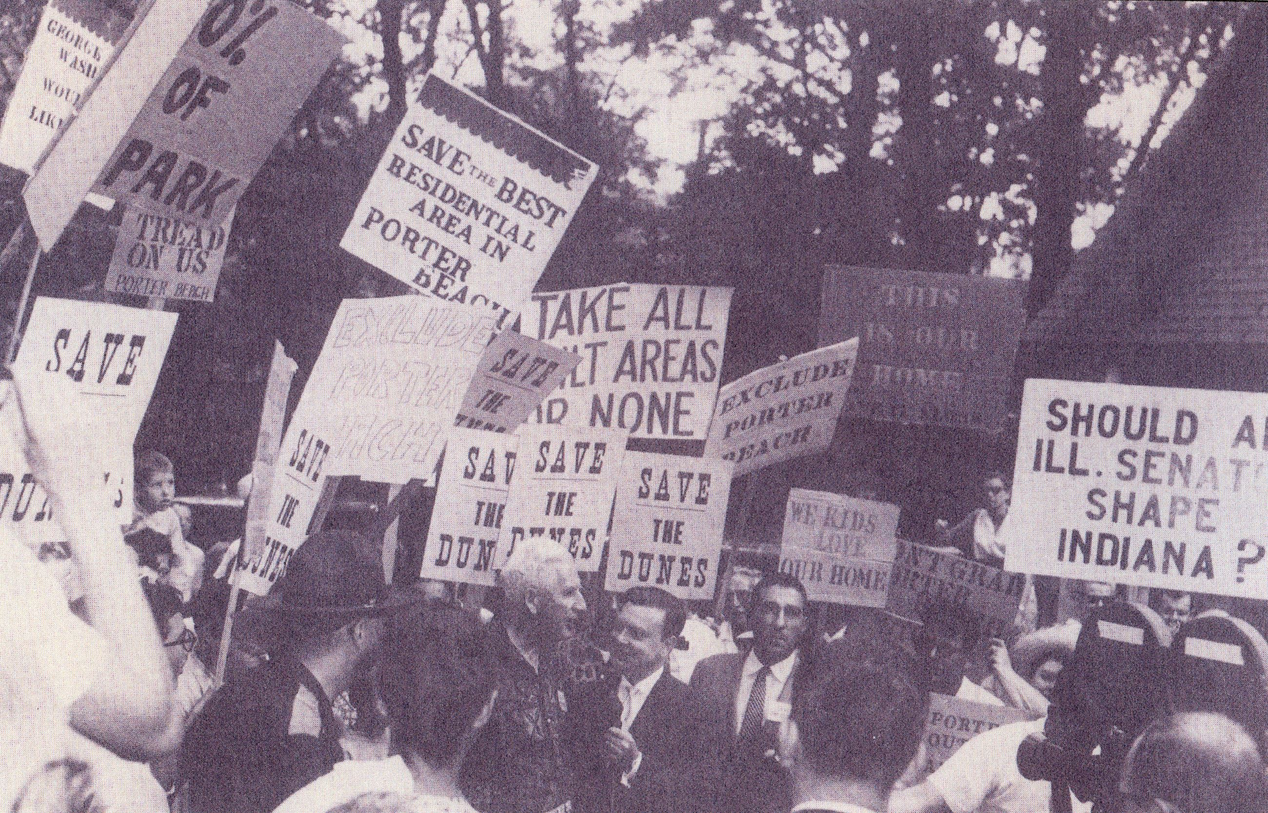 Proponents and opponents of a dunes park demonstrate in 1961.